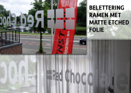 Belettering ramen Red Chocolate