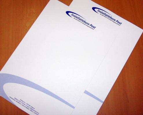 Briefpapier Post installatie